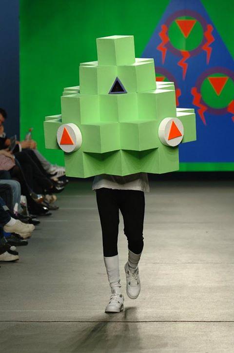 #monstersinfashion Ontmoet de Ontwerpers & Monsters De nieuwe tentoonstelling 'ARRRGH! Monsters in de mode' laat character design zien door de ogen van modeontwerpers. Iedere week stellen we op Facebook een ontwerper en zijn monster aan je voor.