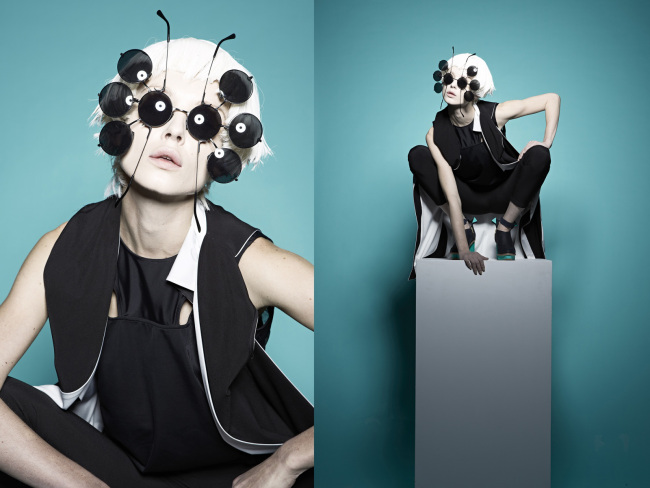 CHIA-JEN is based in Taipei, Taiwan. He studied at Istituto Marangoni Of Italy. His collections are produced in Taiwan.
