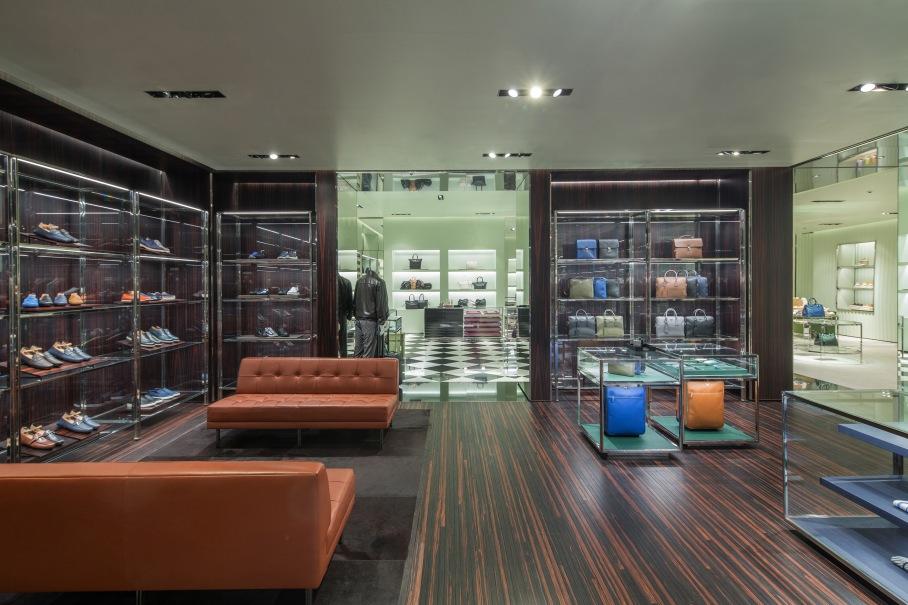 Prada_Soho Mall_Panama int 05